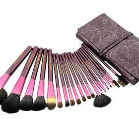 Top Grade Professional Makeup 20 PCs Brushes Cosmetic Make Up Set With Leather Bag Kit - Purple