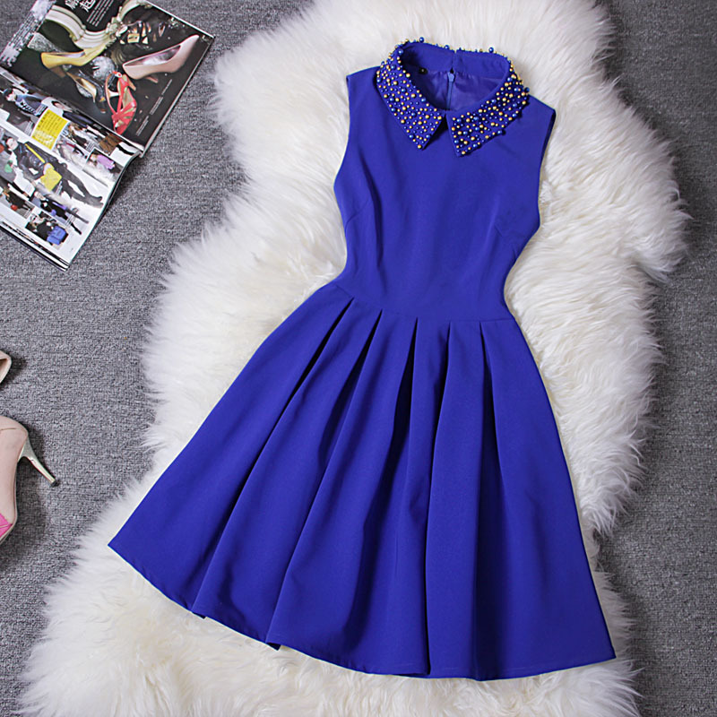 Fashion Handmade Beads Slim Waist Dress - Blue