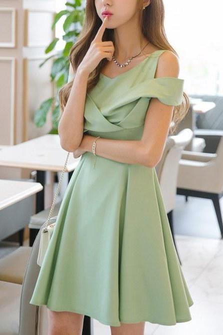 Green Off Shoulder Sexy Lady Dress