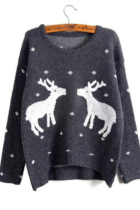 Cute And Fashion Two Giraffes Pullover Sweater - Dark Grey