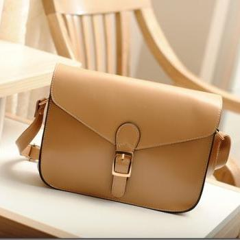 Retro Designer Shoulder Bag ( Five colors)